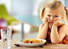 Ребенок не кушает омлет
