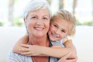 Бабушка с ребенком